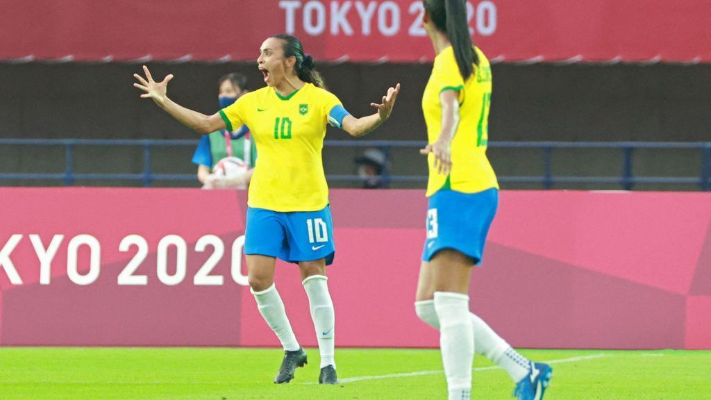 Marta first footballer to score in five consecutive Olympics