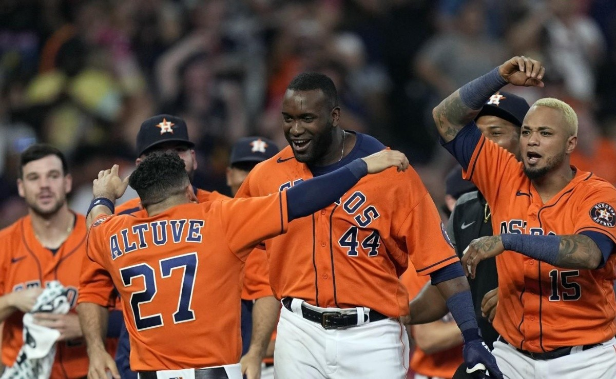 Motivated! Astros slugger hits pair of home runs after becoming a new dad