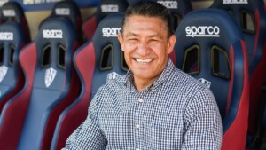 """Nacho Ambriz, in his presentation with Huesca: """"The Spanish Second Division they say is the sixth European league"""""""