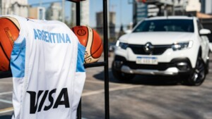 Renault, together with the National Basketball Team