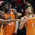 Suns detect 'cracks' from Bucks in the face of the J5