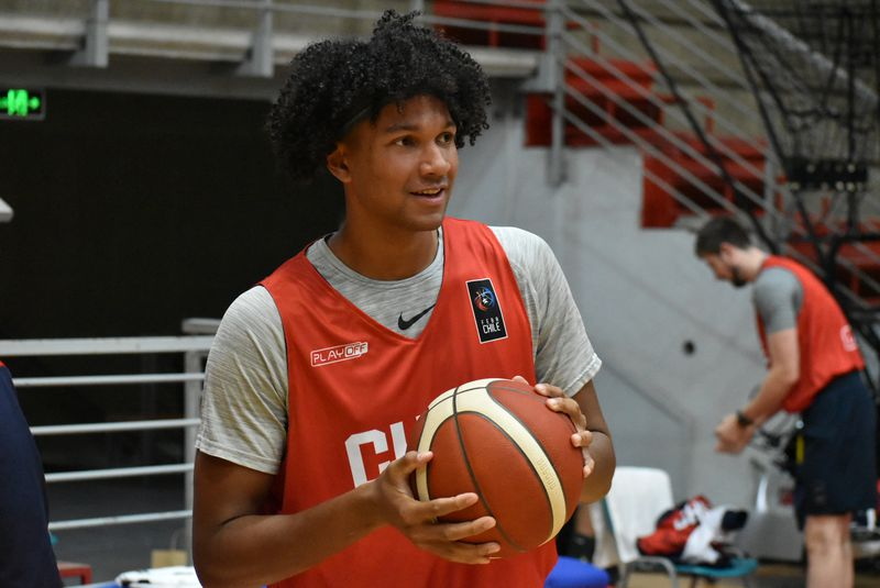 The stars align the Golden Generation of Chilean basketball meets