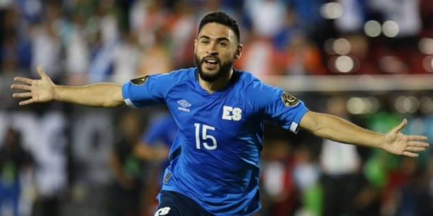 The team defeats Guatemala and is the leader of group