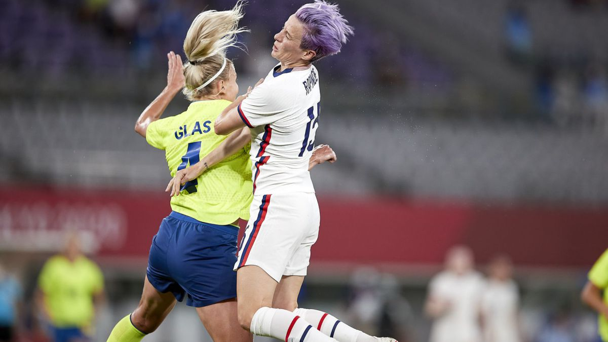 Twitter destroys the USA womens team and Megan Rapinoe after