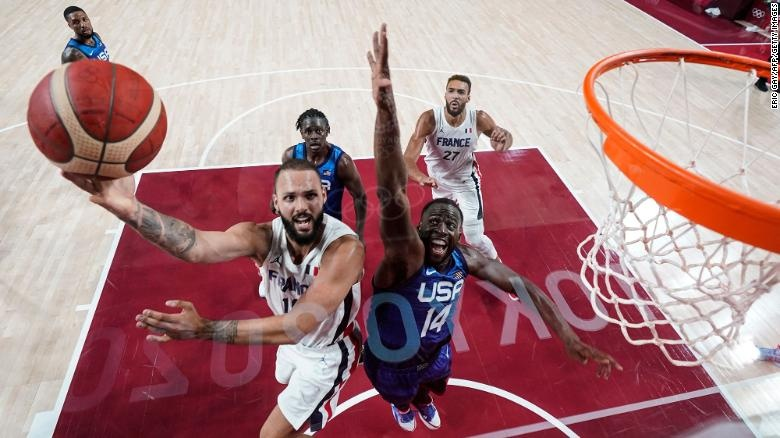 USA loses in basketball to France at Tokyo 2020 first