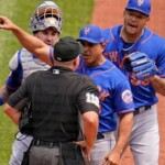 What do you do?! Mets make gross defensive error and score 3 runs