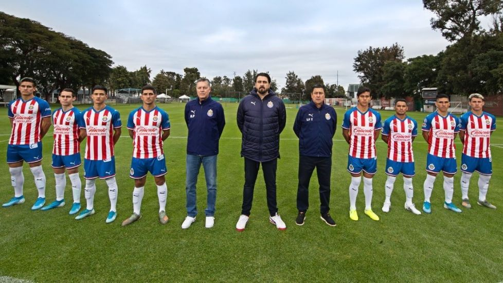 What happened to the reinforcements that shaped the Super Chivas
