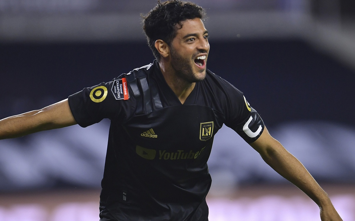 Where would Carlos Vela play if he does not renew his contract with LAFC?