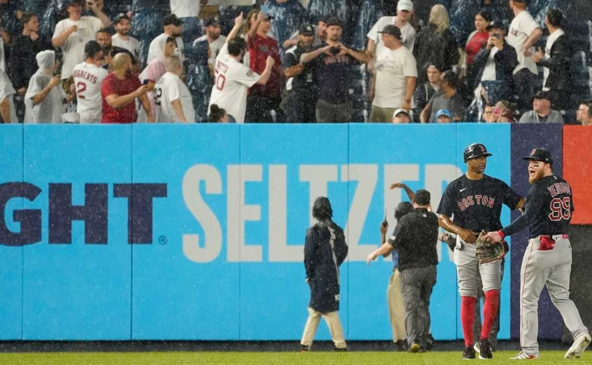 Yankees, MLB ban fan who assaulted Red Sox's Alex Verdugo for life