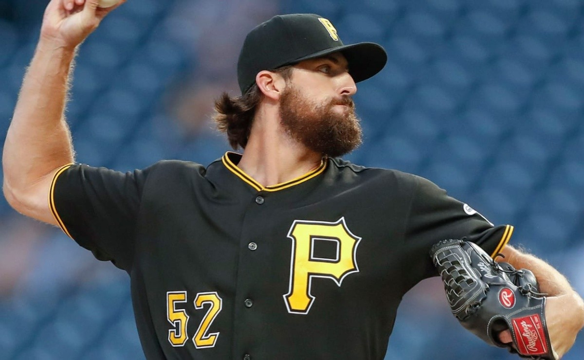 Yankees: Two for one! Pirates reliever comes to the Bronx in exchange for two prospects