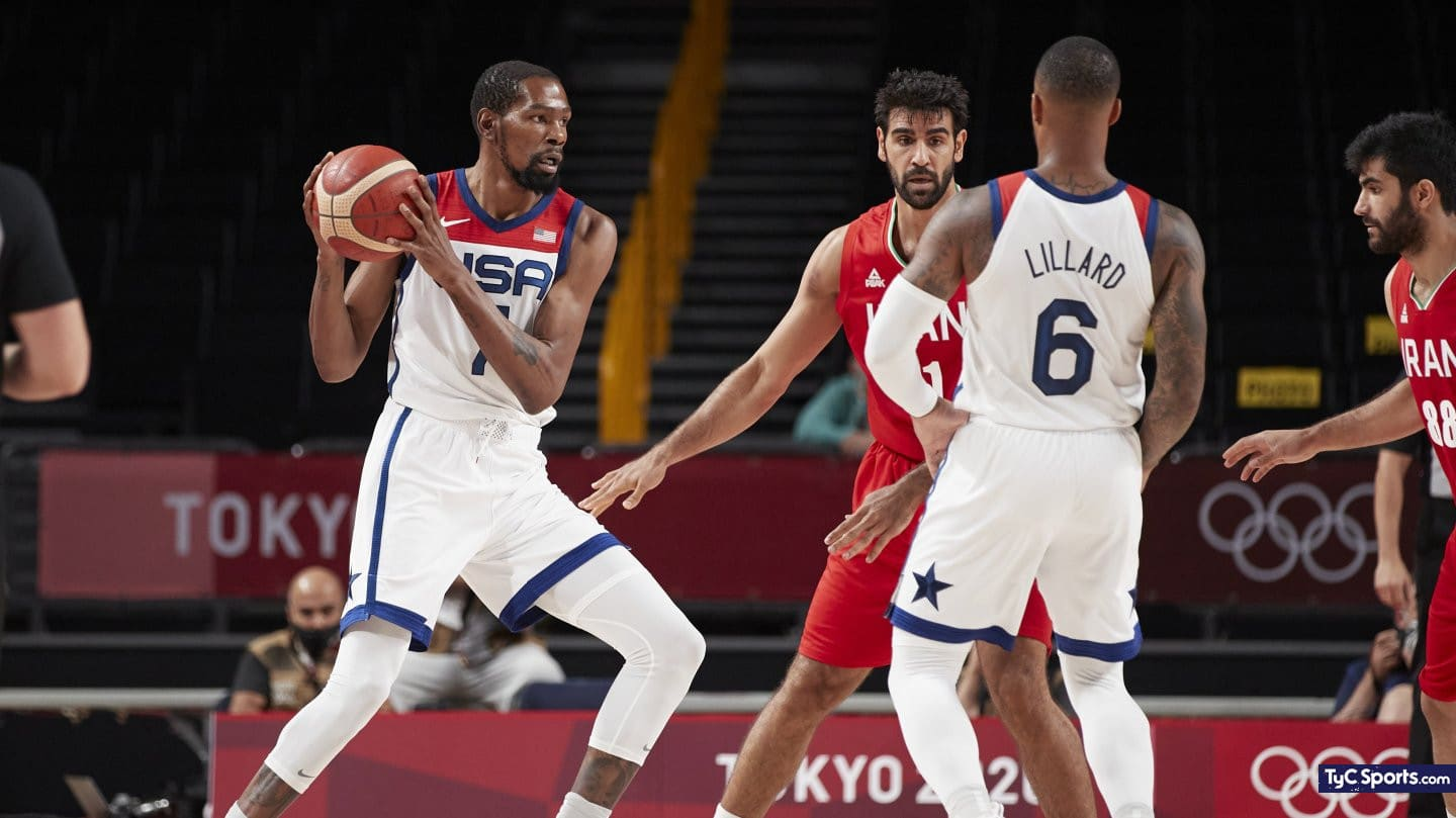 1627927972 United States vs Spain in basketball for the Olympic Games