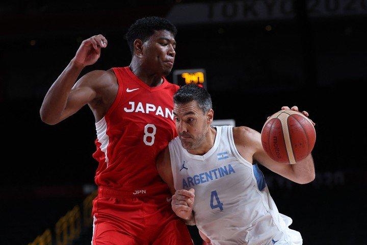 Luis Scola against Japan. (Photo by Thomas COEX / AFP)