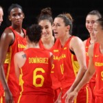 Which channel transmits Spain vs. France for the Women's Basketball of the Tokyo 2020 Olympic Games