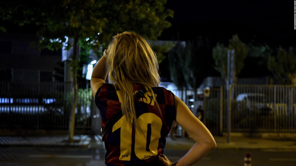 Surprise and pain: reactions to Messi's departure