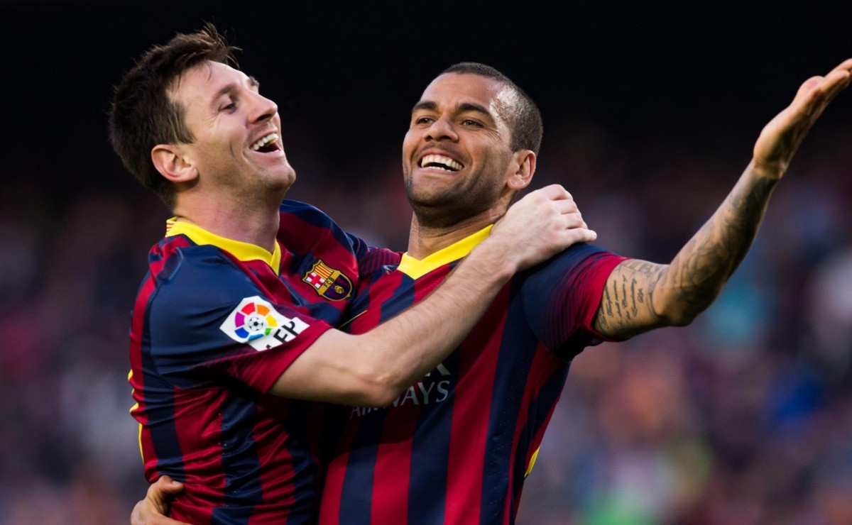 Messi's message to Dani Alves in full farewell to Barcelona