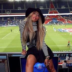 Messi to PSG? The wink of Neymar's sister for Antonela Roccuzzo