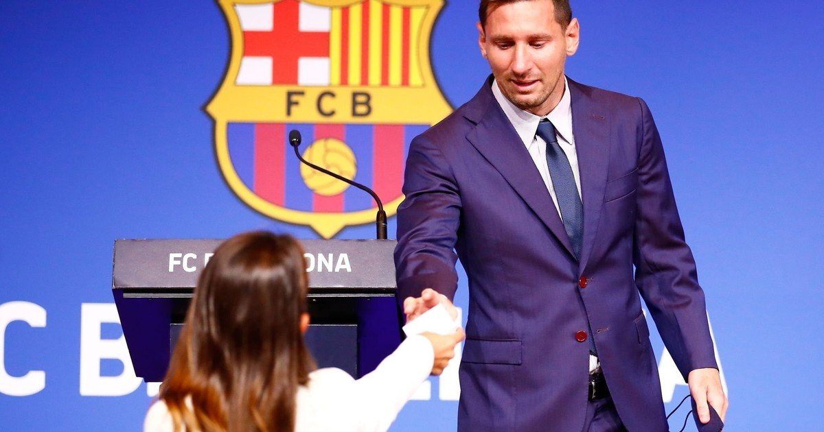 They ask the French justice to block the signing of Messi to PSG for violating the financial Fair Play
