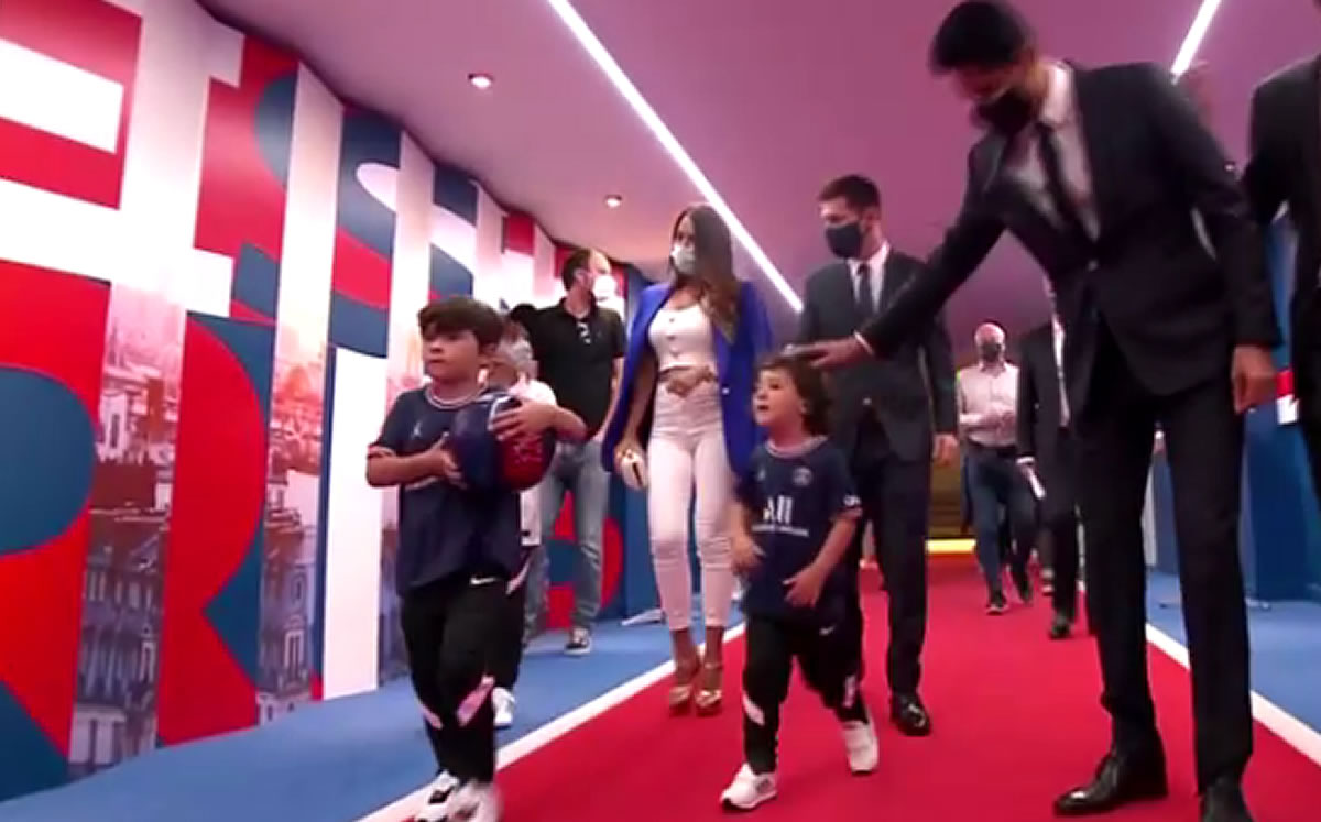 1628701068 Messis children steal the spotlight in their presentation with PSG