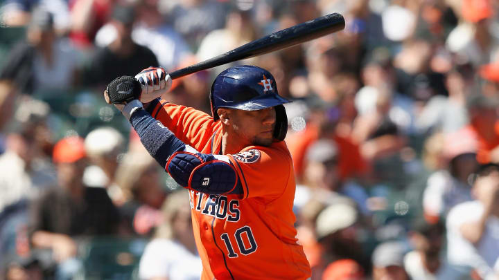 1628736151 WITHOUT EQUIPMENT Yuli Gurriel at 37 is the best