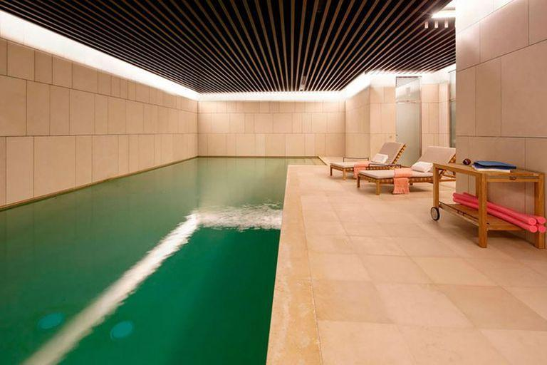 Messi will be able to choose this second option, with a covered swimming pool, located in an exclusive area of Paris.