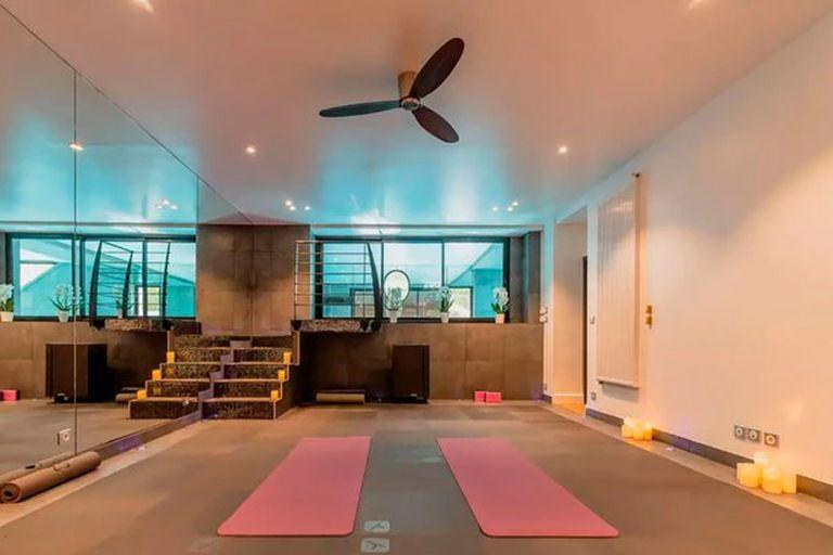 Messi and Antonela are two passionate about sports and exercise, therefore, a fitness room also adds to the wish list