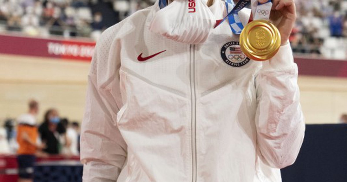 American Valente recovers from accident and wins gold in womens