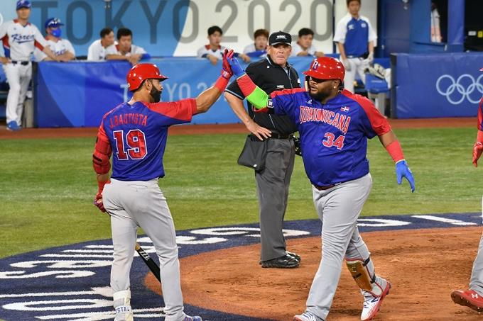 Baseball gambles its permanence against Israel