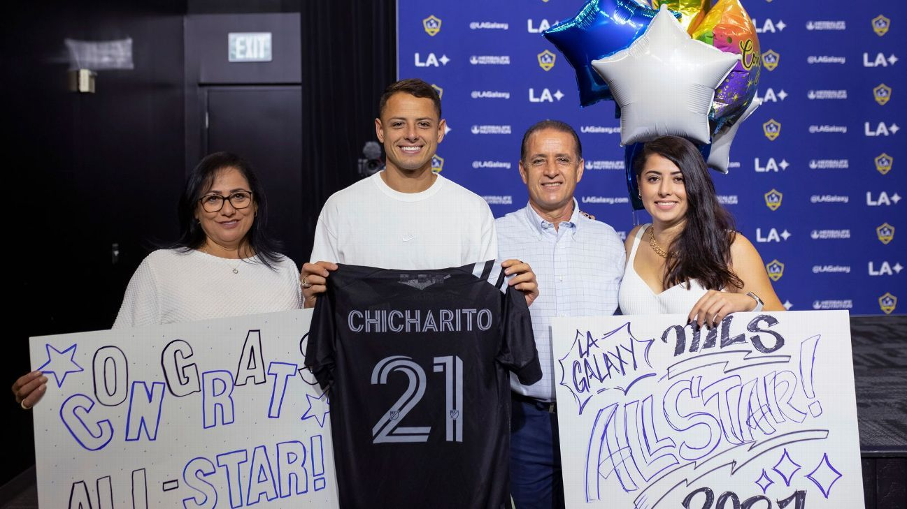 Chicharito and Vela lead the MLS team to the All Star