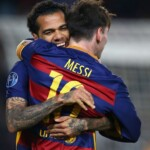 Dani Alves answered Lionel Messi about the record