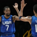 Durant commands victory over Spain and a ticket to the quarterfinals