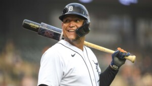 How are the bonuses for individual awards in Miguel Cabrera's contract?