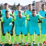 Immovable from the eleven: Luis Abram returned to play with Granada CF in a friendly against Linares