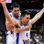 In the hands of Scola and Campazzo