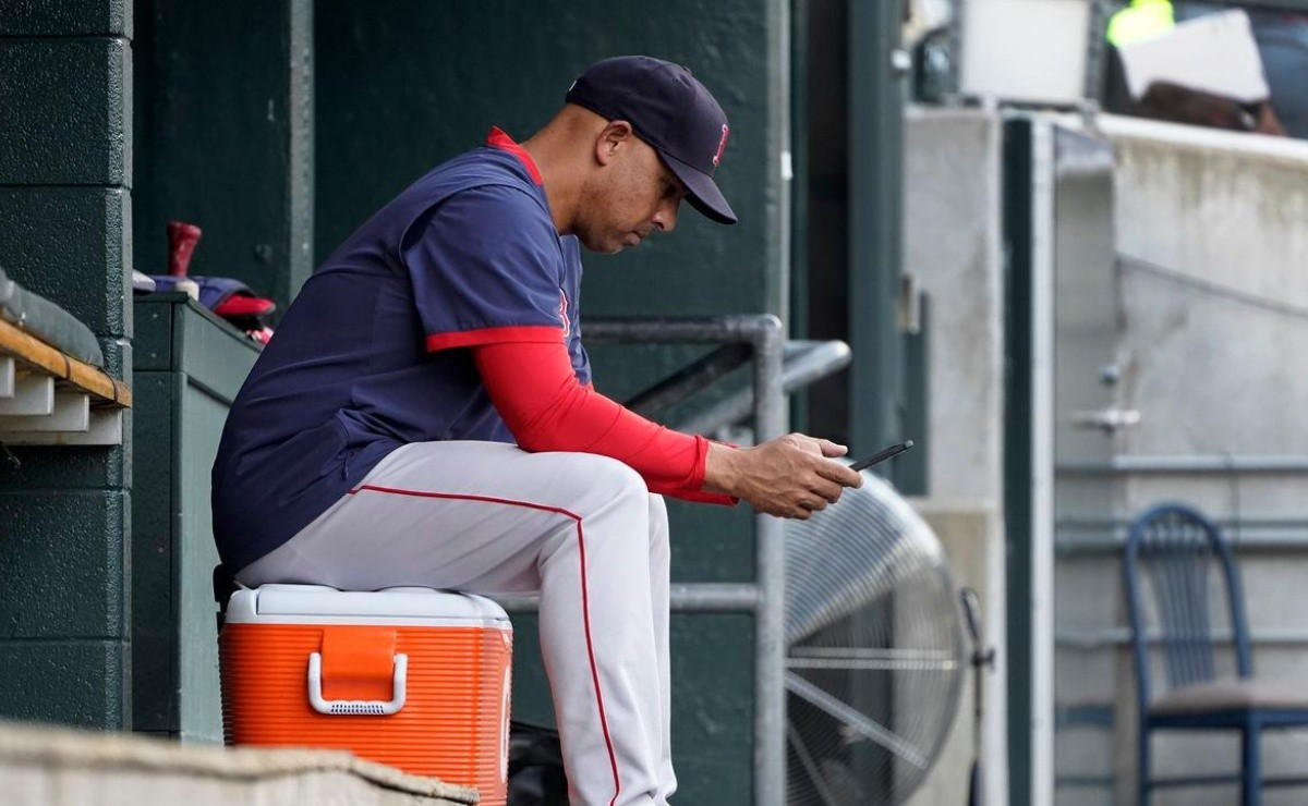 Is it time to hit the panic button on Red Sox? Cora accepts frustration