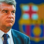Joan Laporta admits that Messi's renewal would have put the club at risk