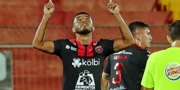Johan Venegas to football in Honduras