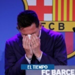 Lionel Messi breaks down in tears when he receives a shower of applause at his farewell