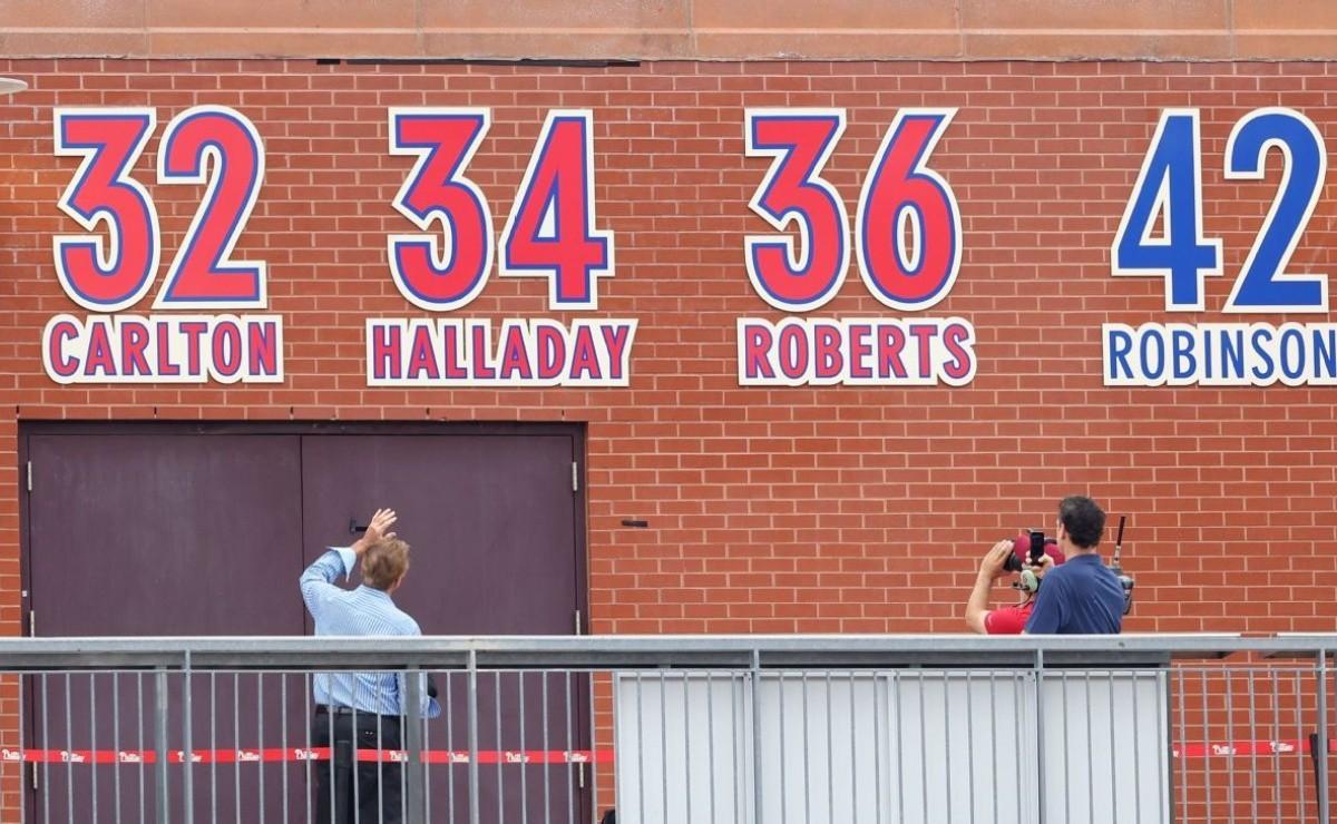 MLB 34 forever Phillies recalls Doc Roy Halladays number