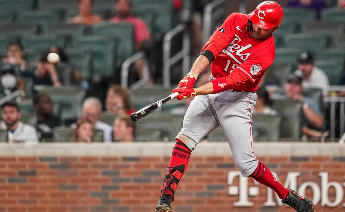 MLB Among Legends Joey Votto equals exploits of Frank Robinson