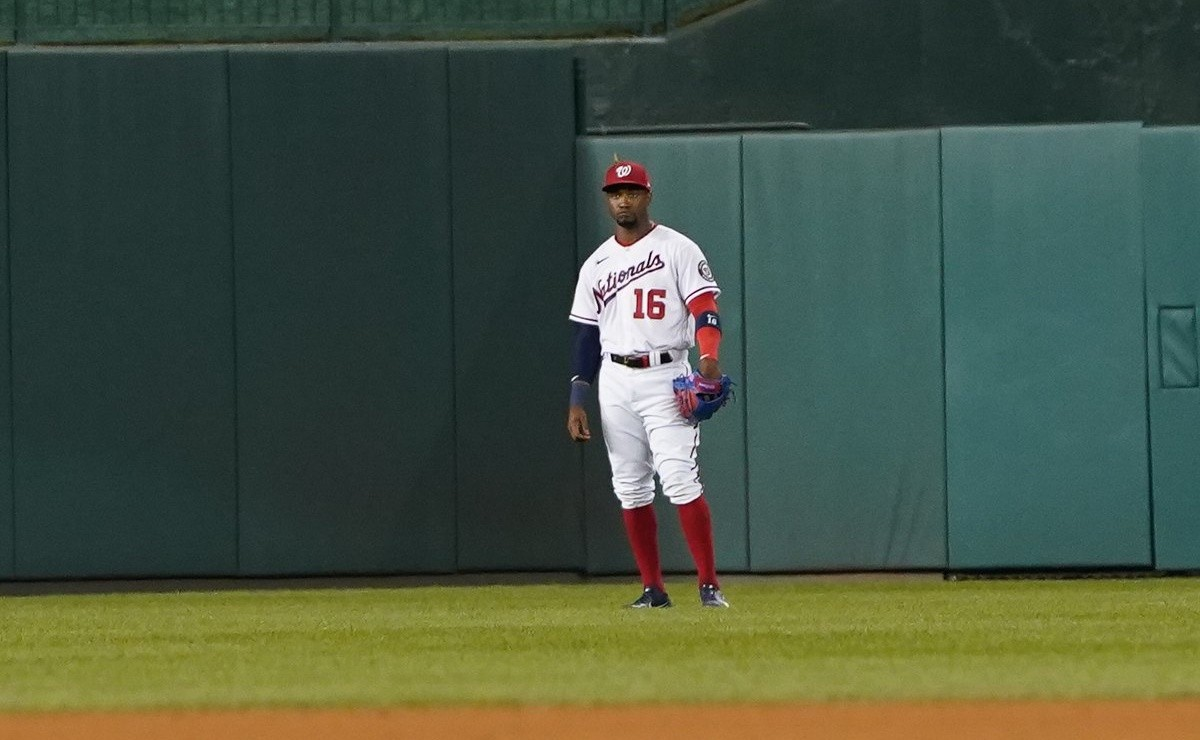 MLB: Meet the Nats' new 'center fielder' and he's not human