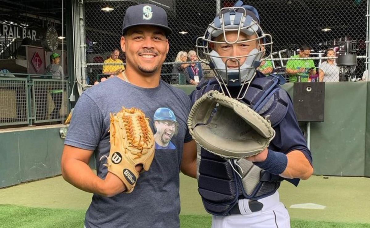 MLB Sign it Ichiros most recent feat Bullpen catcher