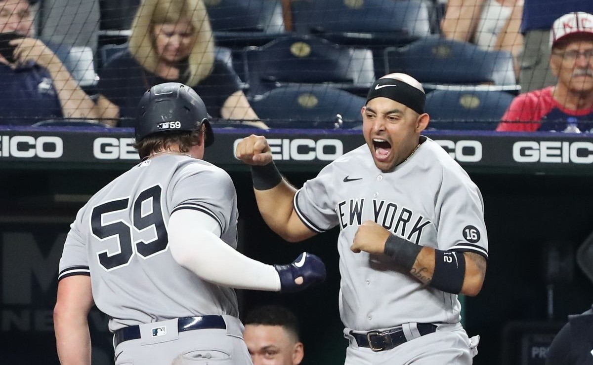 MLB What a great customer Yankees beat Royals for twelfth