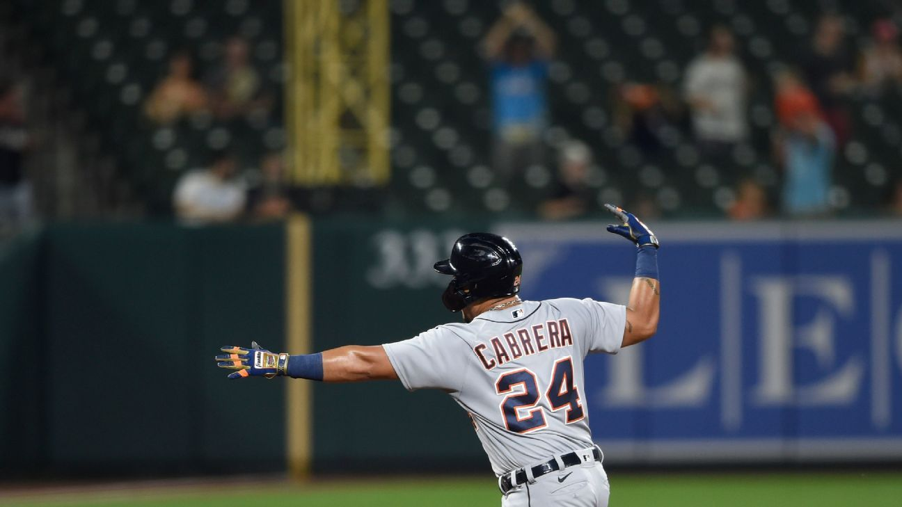 Miguel Cabrera one HR away from entering the select 500
