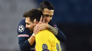 PSG would communicate to its players the imminent arrival of Messi