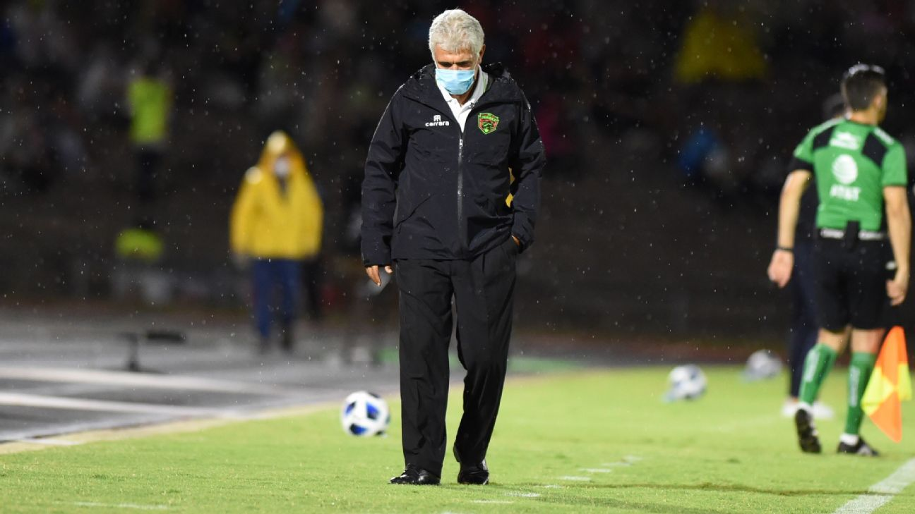 Ricardo Ferretti and Tigres suffer from their separation at the