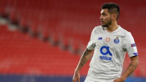 Tecatito loses strength as a reinforcement of Sevilla
