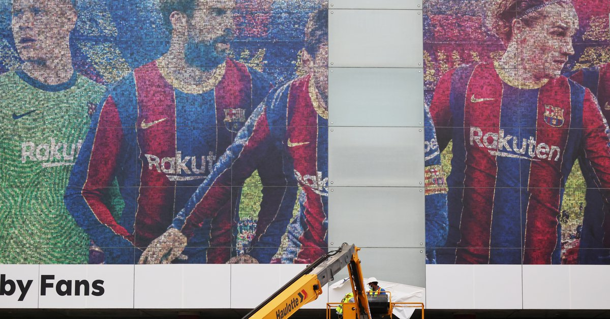 The first measure that Barcelona took after Messi's departure: they removed his billboard from the Camp Nou