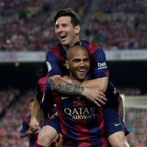 Dani Alves' response to Messi's challenge