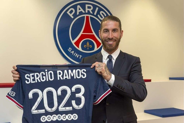Sergio Ramos joined PSG and could share a team with Messi. Photography: EFE / Paris Saint-Germain