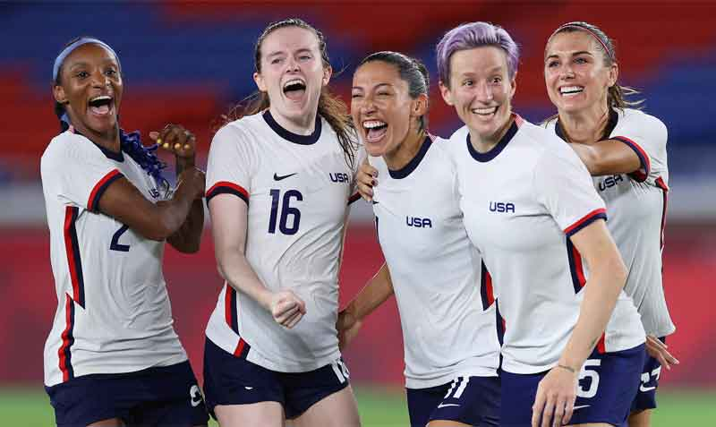 Trump says if the womens soccer team had respected the